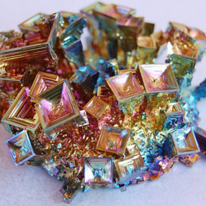 bismuth_crystal_cluster_3360_1_by_beeblebroxz-d4prw3p.jpg